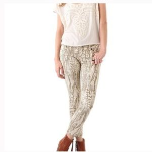 Free People Sz 25 Feather Print Jeans